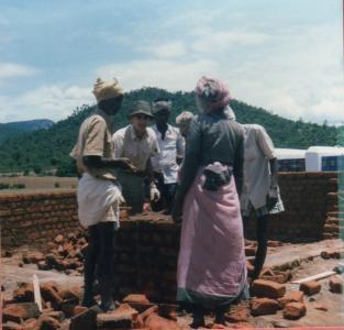 edification d'un angle Erambadi 1988 (2)