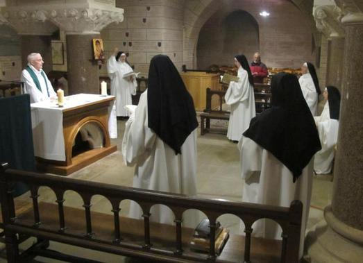 Bénédictines prêtre
